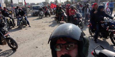 राजसंस्थाको माग गर्दै नवलपुरमा मोटरसाइकल  र्याली (भिडियो सहित)