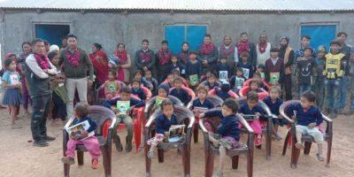 देवघाटमा ३८ विद्यार्थीलाई सुइटर वितरण