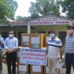 चितवन समाज क्यानडाद्धारा भरतपुर अस्पताललाई पीपीई र फेस शिल्ड सहयोग