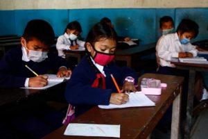 सामूदायिक विद्यालयहरुलाई गैँडाकोट नगरपालिकाको परिपत्र : समयमै पुस्तक उपलव्ध गराउनू