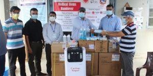 कारितास नेपाल गैँडाकोटद्धारा ६ लाख बढीको स्वास्थ्य सामाग्री सहयोग