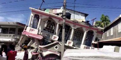 हैटीमा शक्तिशाली भूकम्पः ३ सय बढीको मृत्यु, २ हजार बढी घाइते (फोटो फिचर)